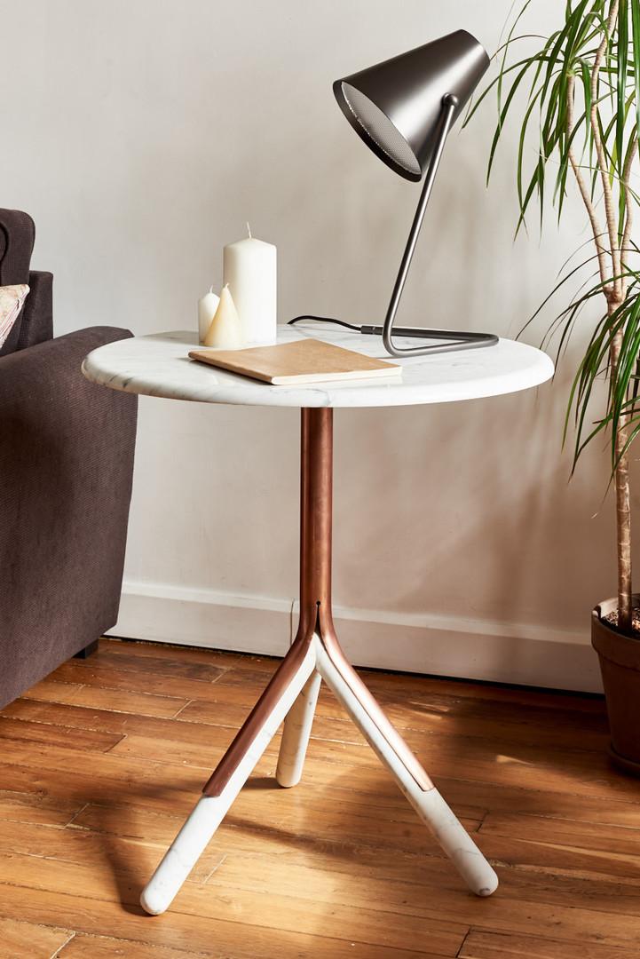 Guéridons-table-basse-bout-canapé-cuivre-marbre-blanc-carrare-chêne-métal-acier-conception-création-fabrication-mobilier-décoration-sur-mesure-moderne-design-contemporain-Paris-Nantes-jdds-julien-devaux-designer-concepteur-créateur