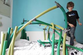 Shrub-cabanne-jeu-enfants-lit-construction-éveil-motricité-créativité-conception-création-fabrication-mobilier-décoration-sur-mesure-moderne-design-contemporain-Paris-Nantes-jdds-julien-devaux-designer-concepteur-créateur