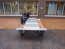assise-chaise-banc-estrade-table-picnic-pique-nique-manger-repas-salariés-entreprise-déjeuner-métal-acier-bois-ipé-exotique-conception-création-fabrication-agencement-aménagement-mobilier-urbain-extérieur-sur-mesure-moderne-design-contemporain-Paris-Nantes-jdds-julien-devaux-designer- concepteur-créateur