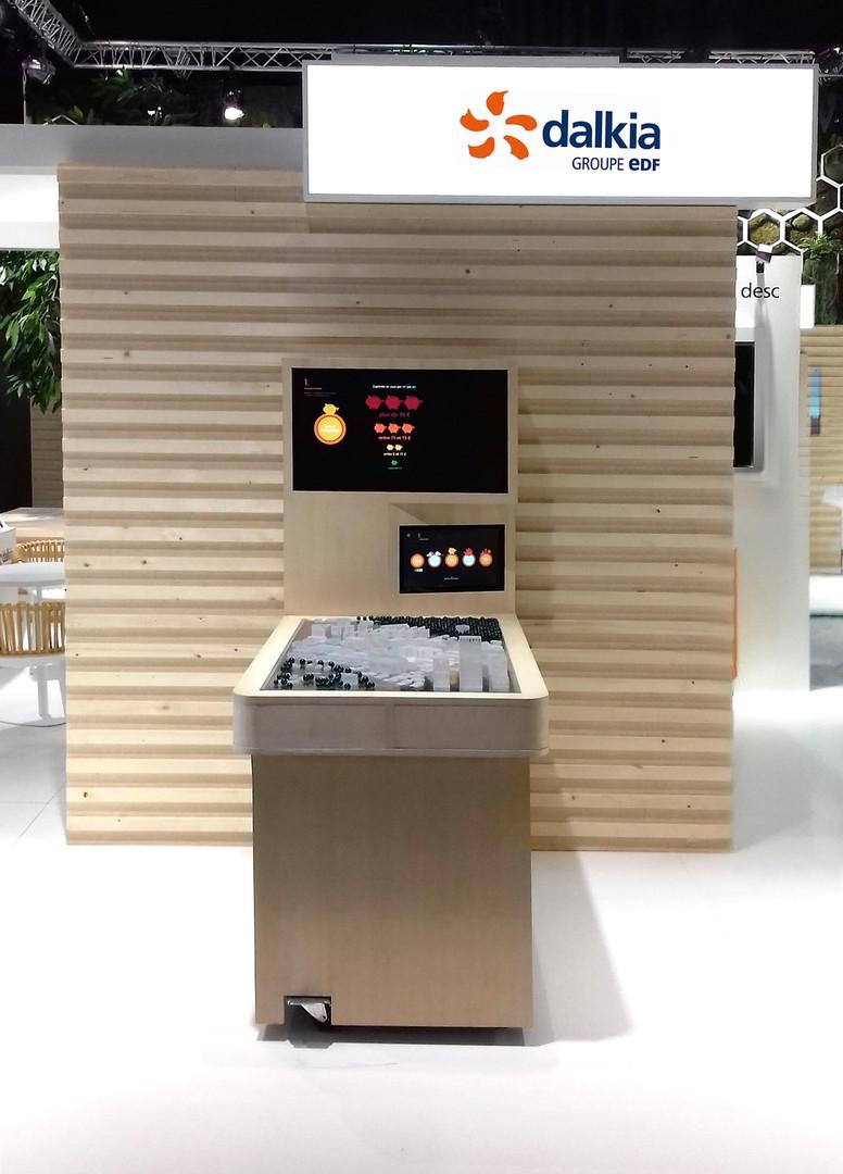 dalkia-edf-meuble-interactif-maquette-exposition-salon-show-commercial-conception-création-fabrication-agencement-aménagement-mobilier-sur-mesure-architecture-intérieur-moderne-design-Paris-Nantes-jdds-julien-devaux-designer-concepteur-créateur