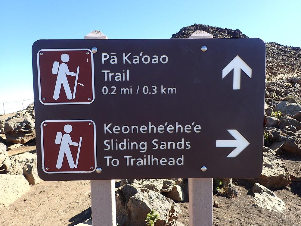 Hike Pa kaoao Trail, sliding sands trail hike haleakala
