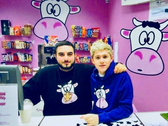 Niall Horan at Milkshake City