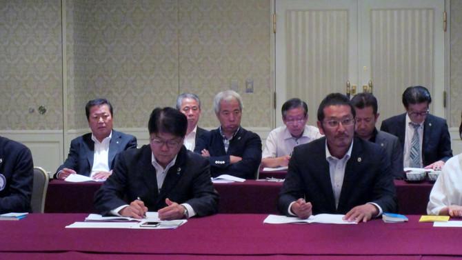 第4回理事会、新会員スクール報告
