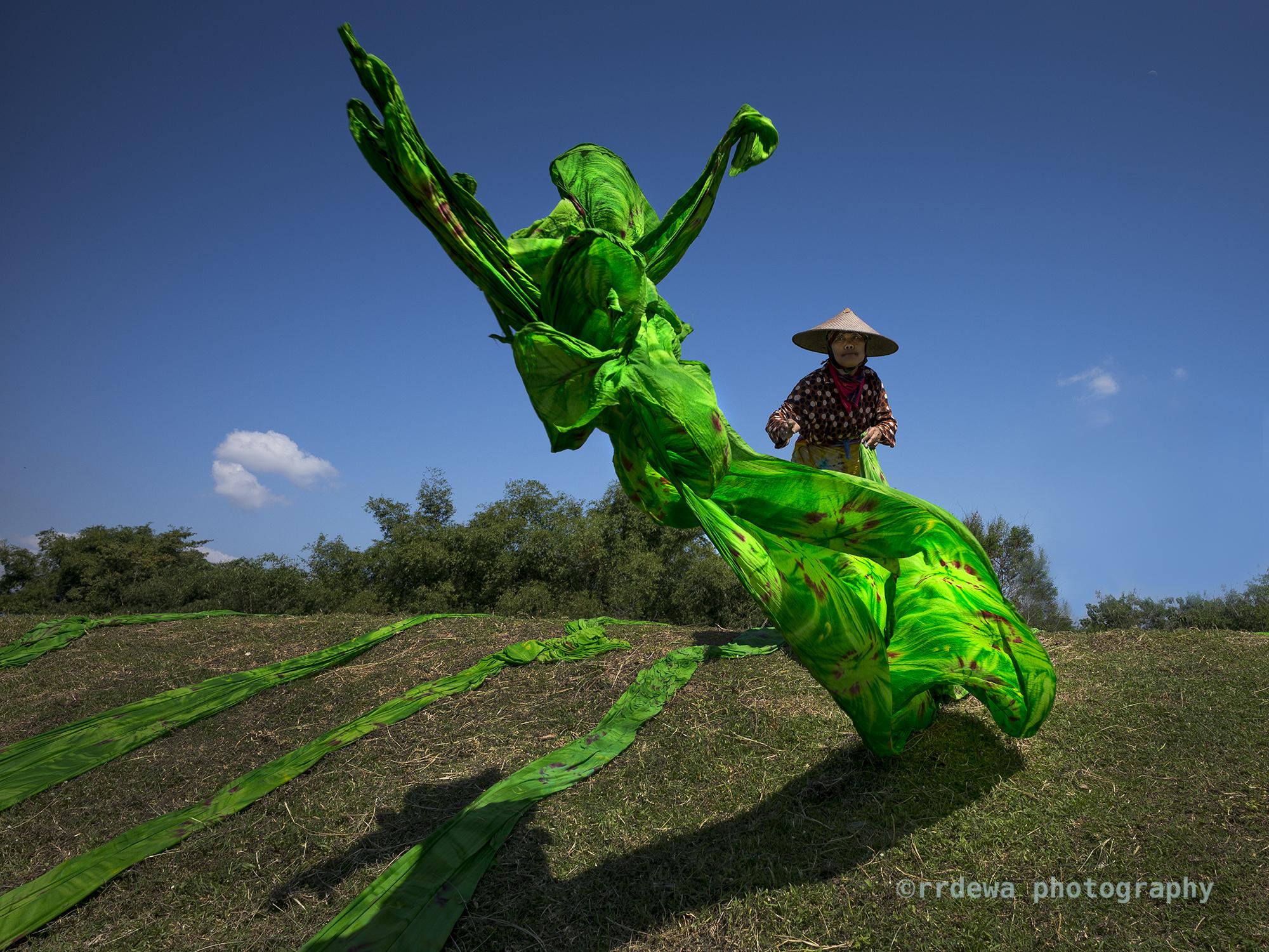 Dancing Batik