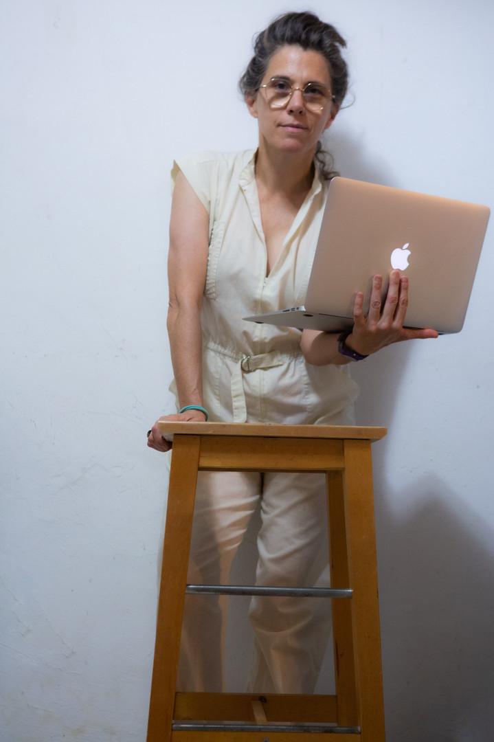 דפנה טלמון - צילום עצמי 3.jpg