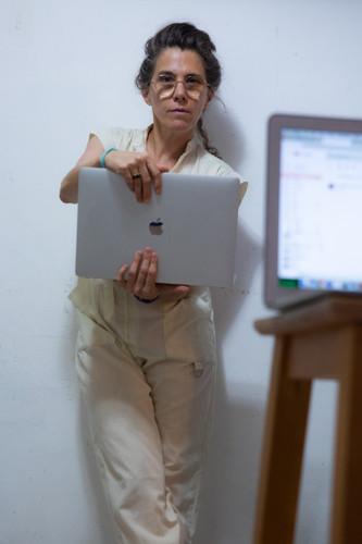 דפנה טלמון - צילום עצמי 2.jpg