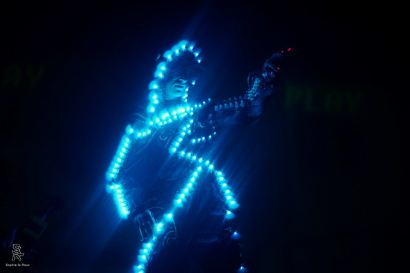 קונטרול פריק - קולו אור - צילום סופי לה