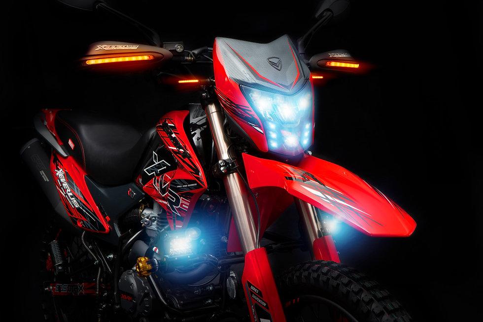 Xeverus PRO XR2 Roja D1.jpg