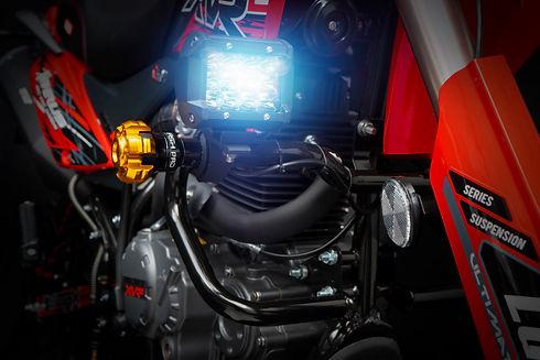 Xeverus PRO XR2 Roja D7.jpg