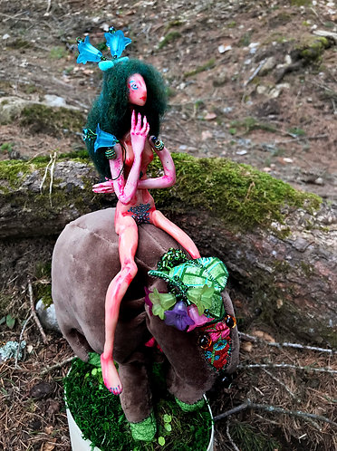 Ábrányka, Prehistoric Fairy Mammal