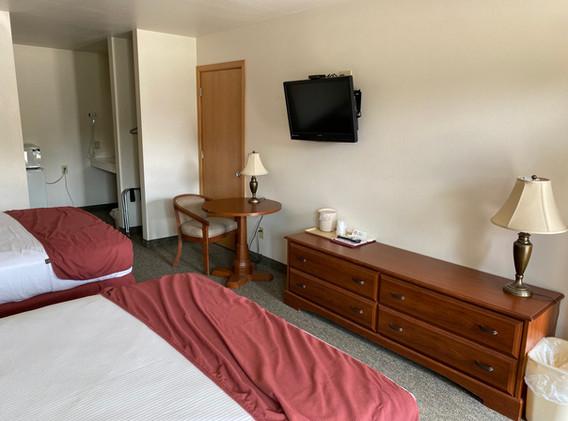 Hotel Room 2.jpg