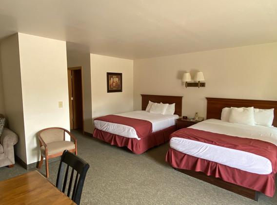 Hotel suite 2.jpg