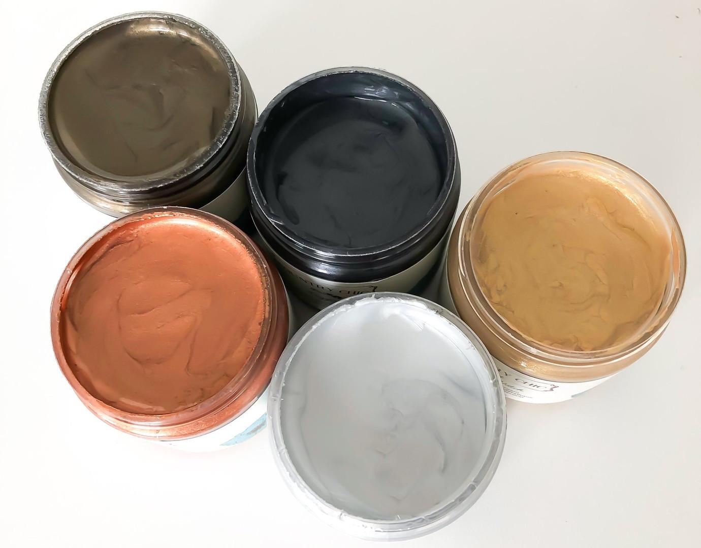 Metallic Cream.jpg