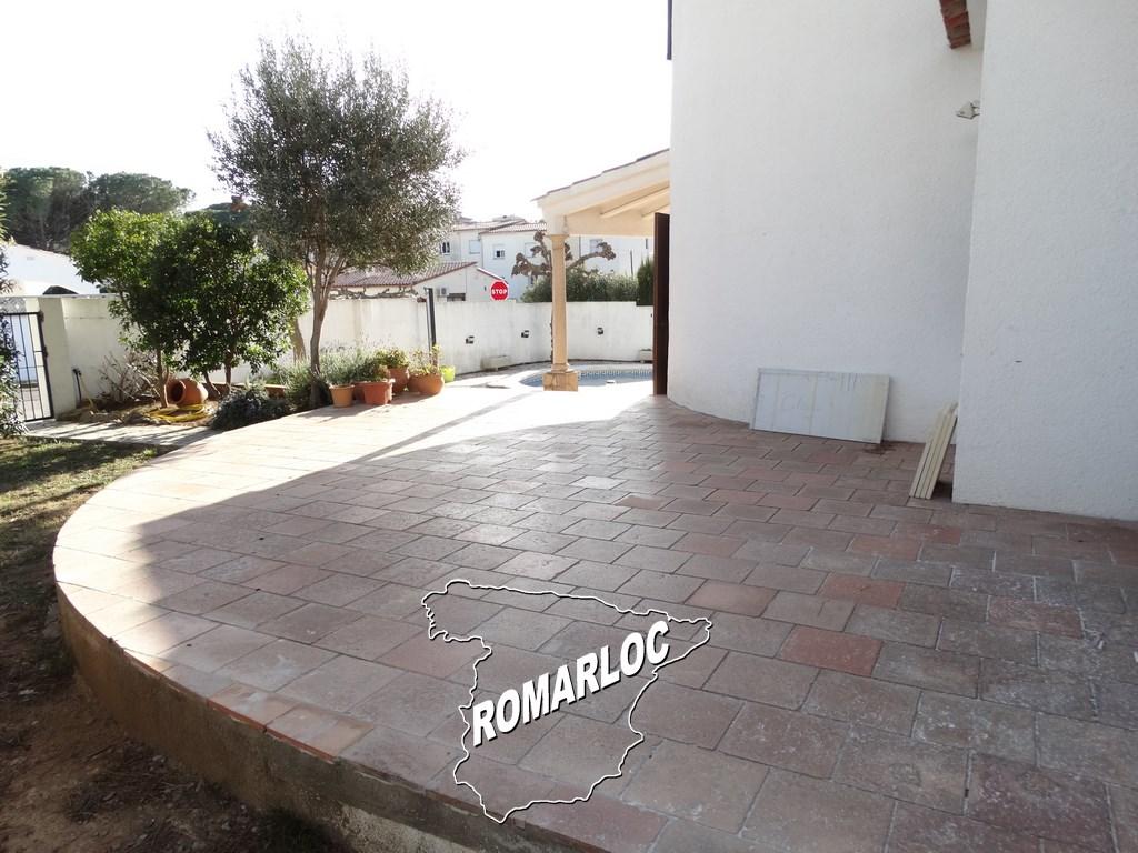 PUIGMAL une location Romarloc