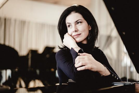 Magda Amara, piano