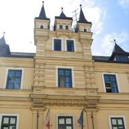 Tschechische_Botschaft_square.jpg