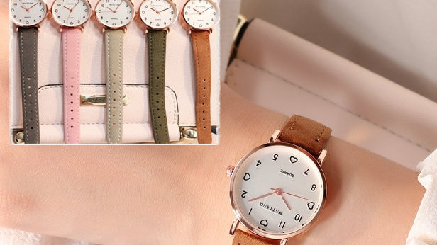 Vintage Small Dial Watch Sweet Leather Strap Outdoor