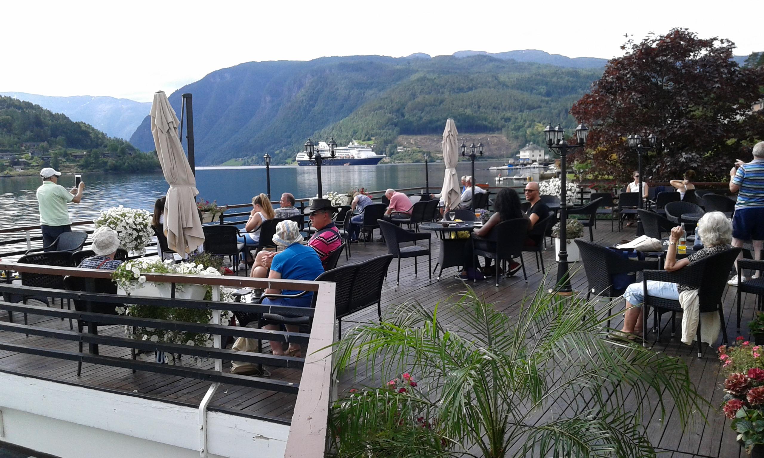 Strand Fjordhotel sun terrace