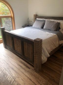 Rustic Re-Sawn Oak
