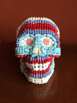 Pill Skull Front