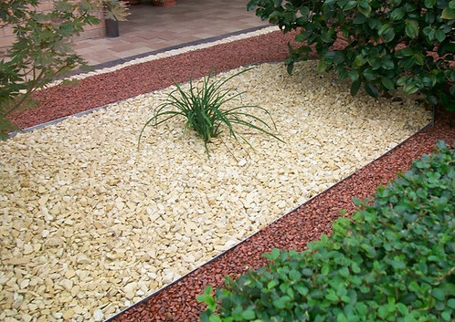 Decorative Cotswold Buff Chippings 10mm - 20mm