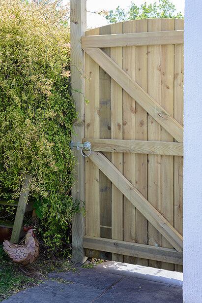 Arched Featheredge Gate Green 900mm x 1800mm