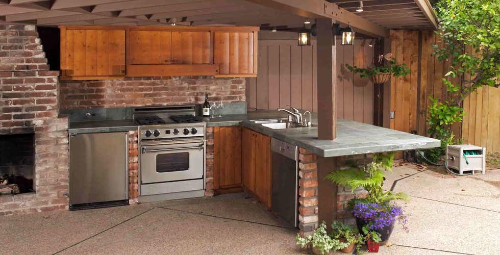 летняя кухня пляхо юлия.jpg