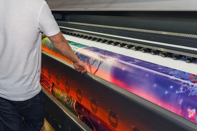 Printing press in abu dhabi 4.jpg