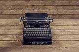 vintage-1170654_1280 typewriter.jpg