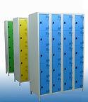 vestiaires et casiers métalliques ou stratifié compact