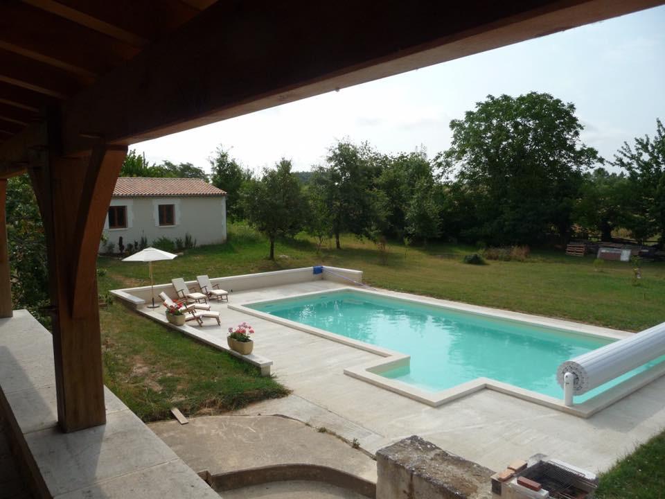 Pool_Balcony.jpg