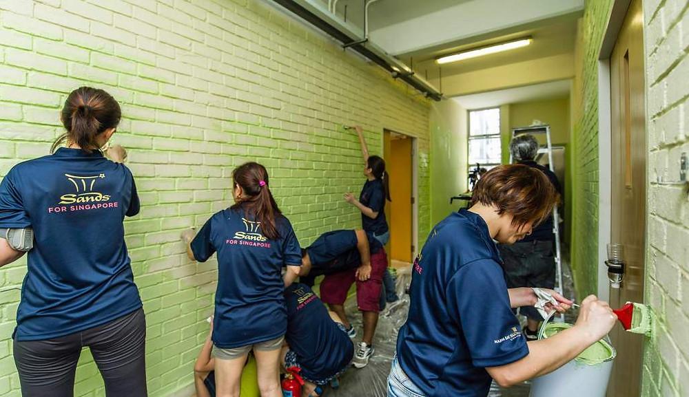 sands-for-singapore-quarterly-volunteerism-q1-2013-painting-of-mountbatten-vocational-school