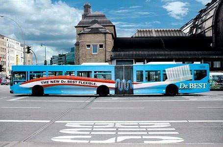 creative-bus-ads-toothbrush