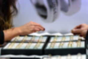 jewelry-store-1803808_960_720.jpg