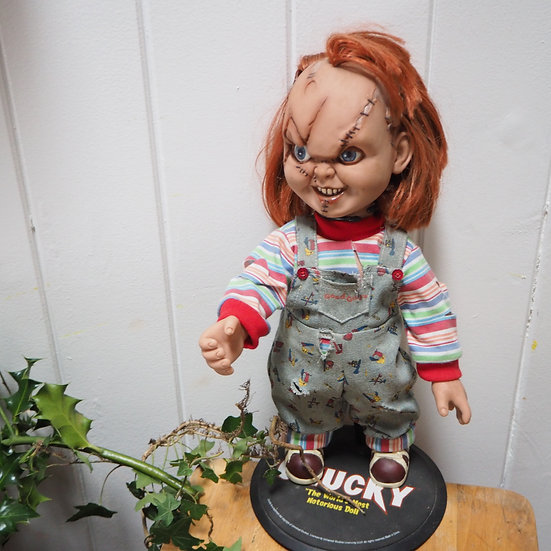 Limited Edition Chucky Universal Studios Doll On Stand