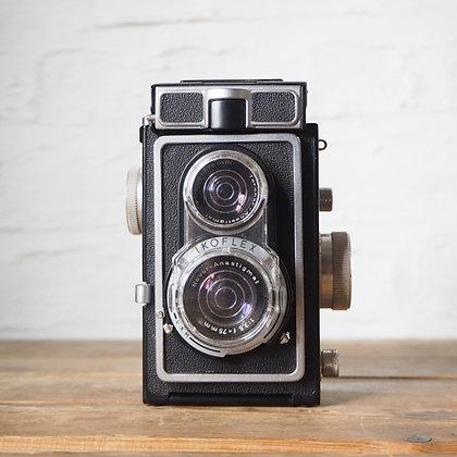 Zeiss Ikon Ikoflex iC Twin Lens Reflex Camera (TLR) Medium Format Film (120)