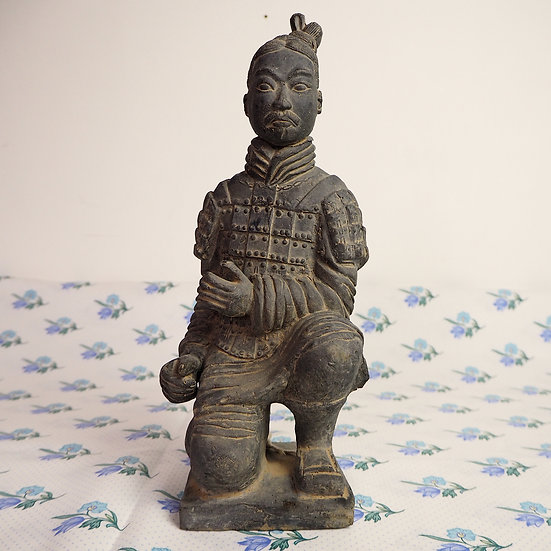 Xian Dynasty Kneeling Archer Terracotta Warrior