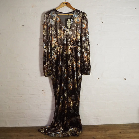Size M Voodo Vixen Reproduction Vintage Brown Velvet Floral Maxi Dress