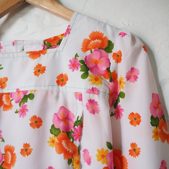 1970s White Blouse with Pink Orange Green Floral
