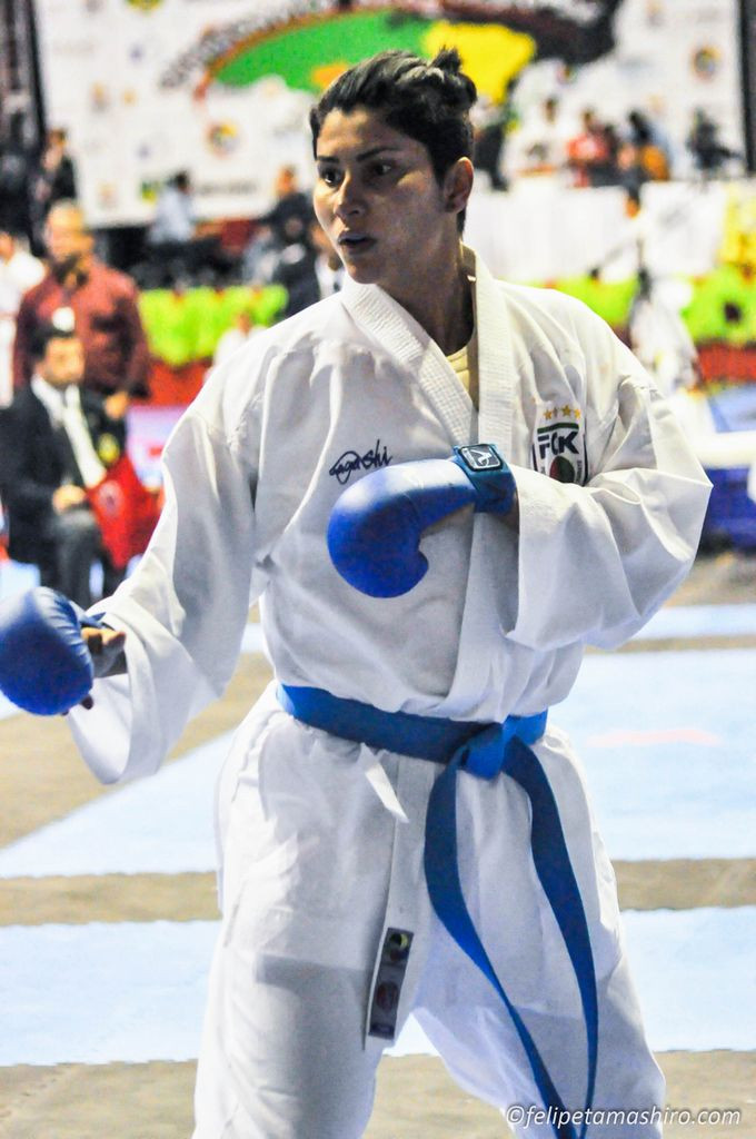Ronda Rousey, karate, vencer