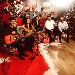Δημοτικά κάλαντα γιατί Χριστούγεννα χωρίς Μουσική... δε γίνονται!