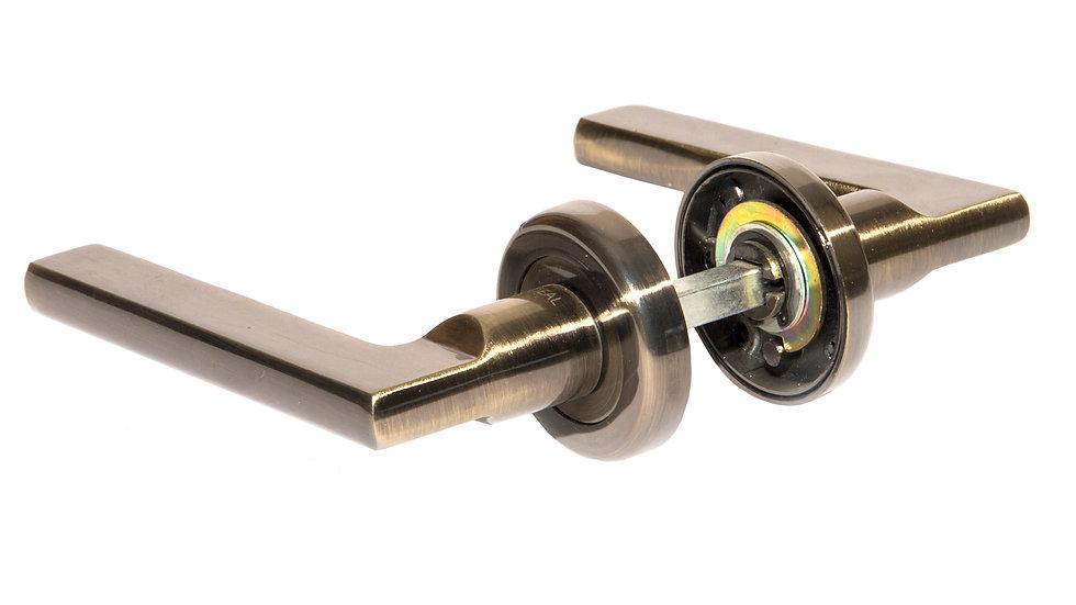 Дверные ручки раздельные LANGA A1211