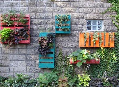 DIY Pallet Planters