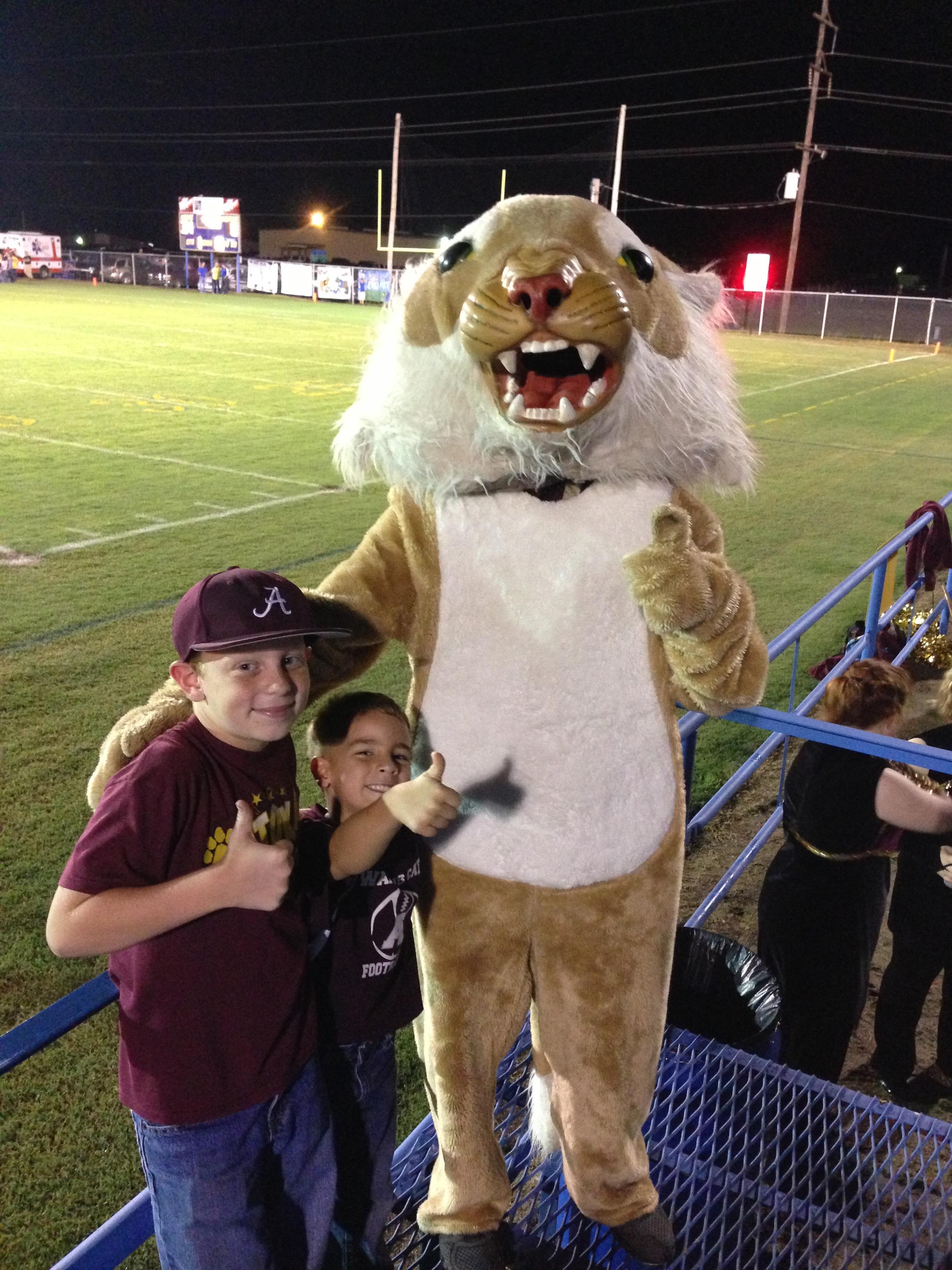 Wampus Cat Mascot and Students