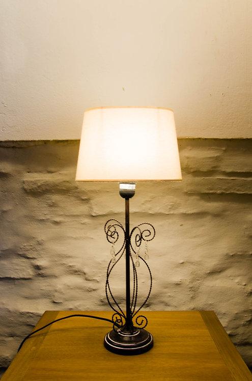 LAMPARA DE MESA CON CAIRELES