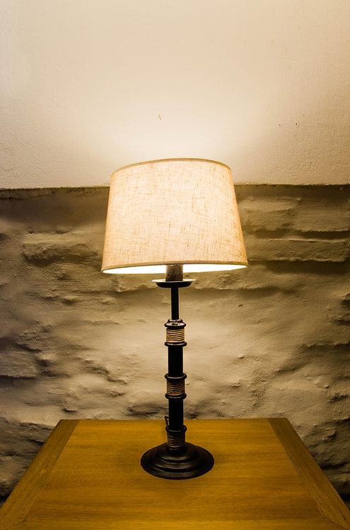LAMPARA DE MESA  ROMA