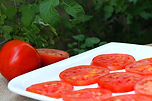2-sliced-tomatoes-on-plate.jpg