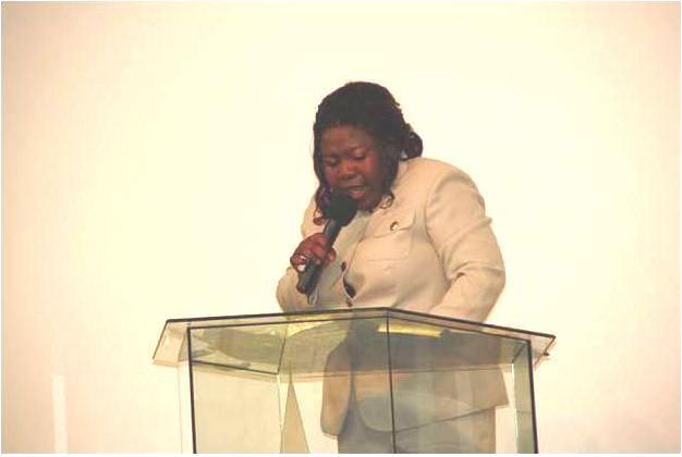 Rev. Rosie preaching