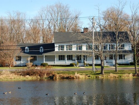SETAUKET NEIGHBORHOOD HOUSE