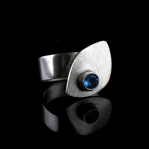 Teardrop Ring (Silver)
